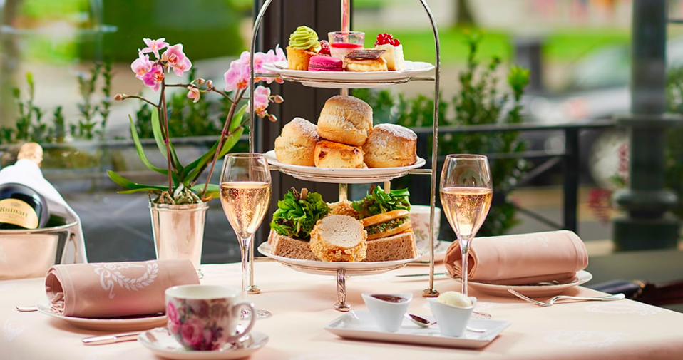 The ultimate tea ritual, at the Hotel d'Angleterre